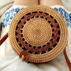 Handbags - Woven Straw Rattan Beach Circle Bag Round Lulu's